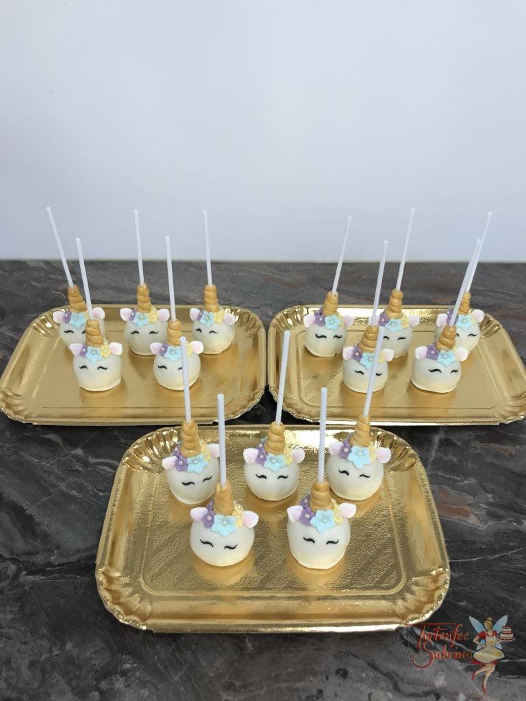 Cake Pops - Einhorn Pop´s deckoriert mit Blumen und goldenem Hörnchen