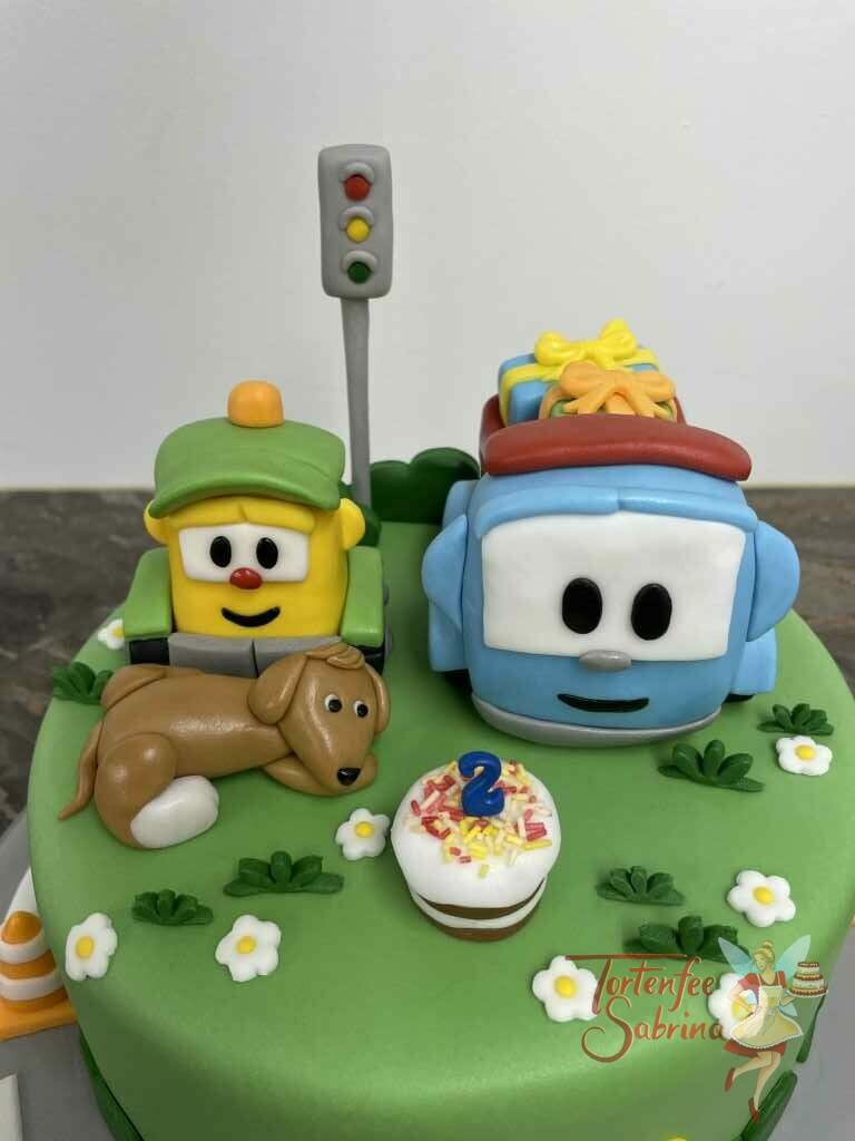 Geburtstagstorte Buben - Leo der Lastwagen mit seinem Freund Lifti und dem Hund freuen sich schon auf die Torte.