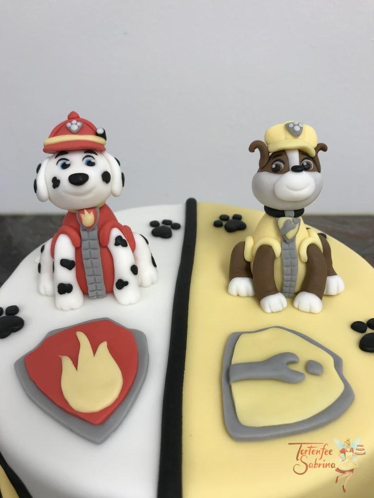 Geburtstagstorte Buben - Marshall und Rubble unterwegs. Verziert wurde die Torte mit den beiden Fellfreunden und deren Abzeichen.