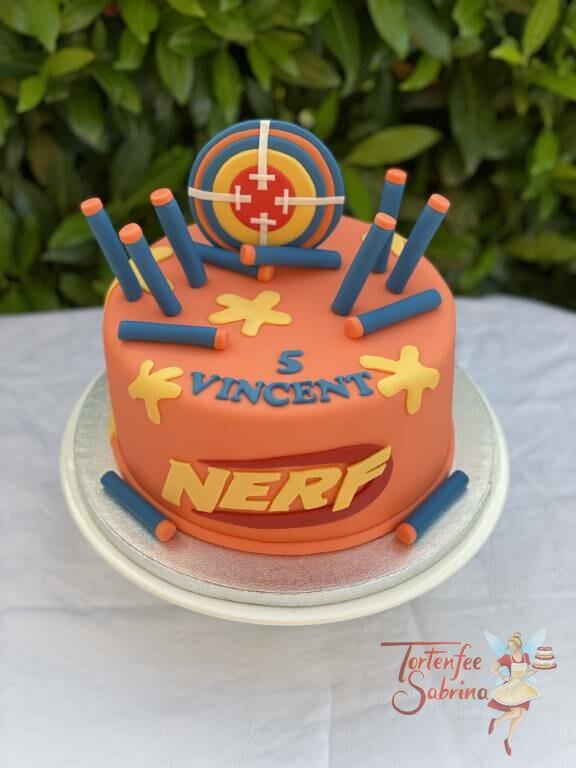 Geburtstagstorte Buben - NERF in blau und orange mit gelben Farbklecksen und einer Zielscheibe in den passenden Farben.