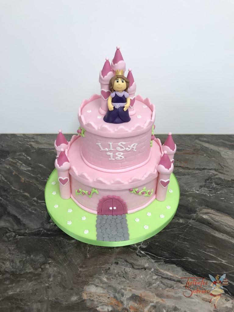 Geburtstagstorte Erwachsene - Prinzessin im rosa Schloß mit vielen Türmchen und Zinnen. Die glückliche Prinzessin mit lila Kleid und goldener Krone.