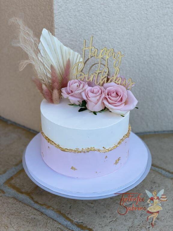 Geburtstagstorte Erwachsene - Rosa mit goldenem Rand aus Blattgold, oben auf der Torte sind Rosen und ein Cake Topper.