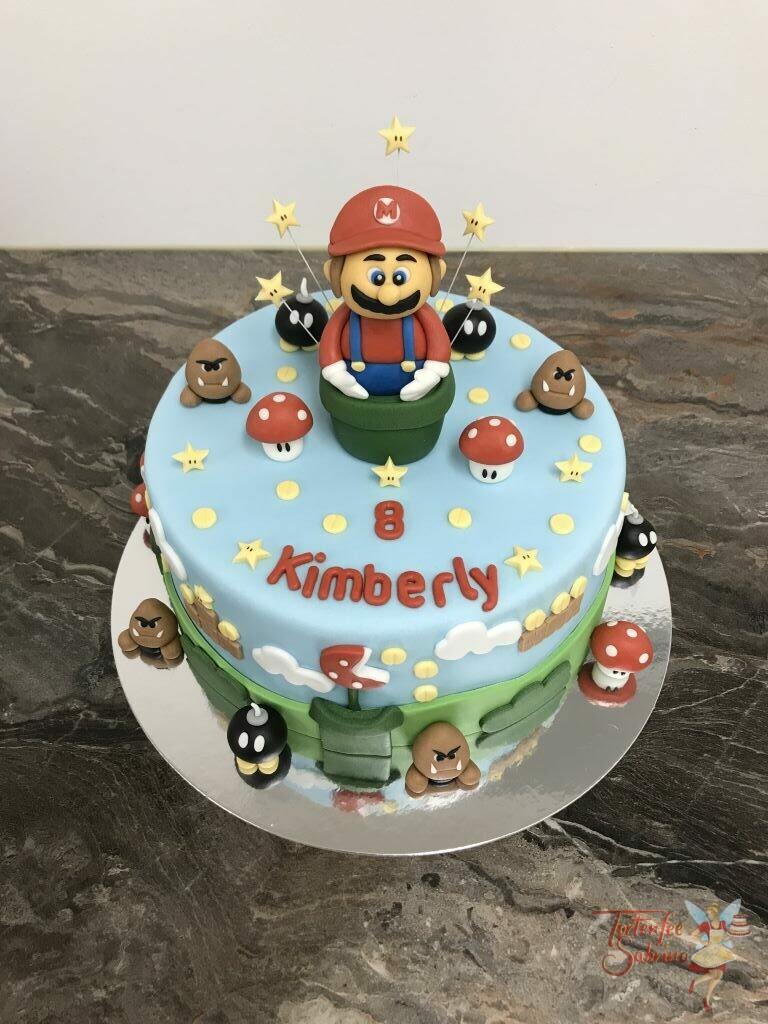 Geburtstagstorte - Super Marios nächster Level, Mario schlüpft durch die Röhre auf die nächste Ebene wo schon viel auf ihn wartet.