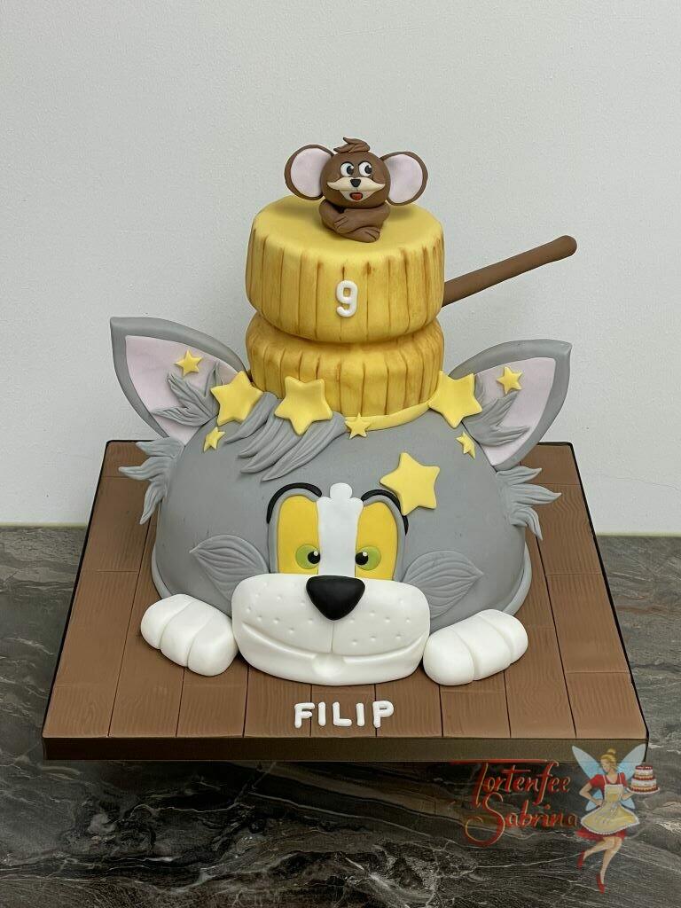 Geburtstagstorte Buben - Tom und Jerry vertragen sich nicht, da Tom den großen Hammer auf den Kopf bekommt.