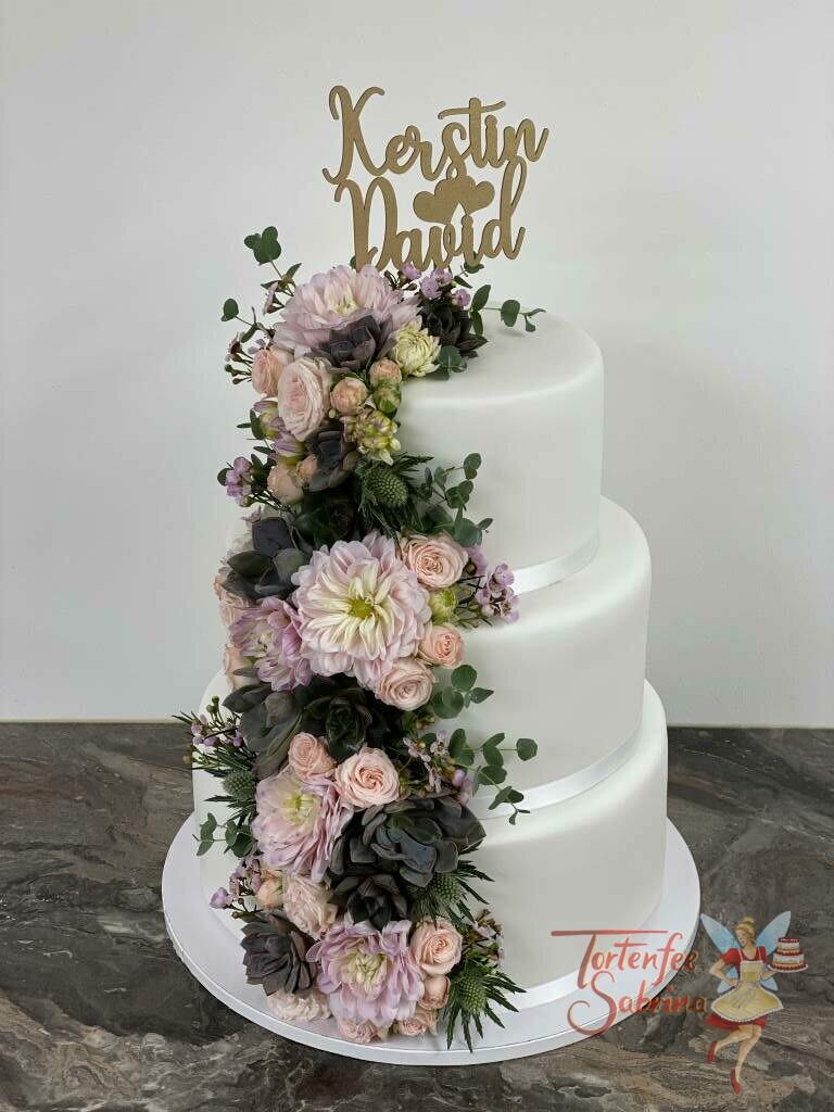 Hochzeitstorte - Sukkelenten treffen Dahlien und vereinen sich zu einem Wasserfall aus Blumen. Ganz oben auf der Torte ist der persönliche Cake Topper.