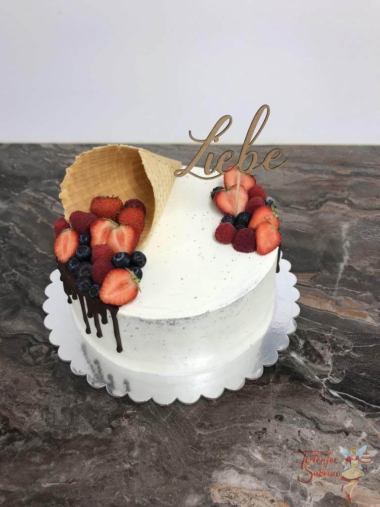 Jahrestagstorte - Alles Gute zum Vatertag mit Schoko Drip, Früchten und Eiswaffel